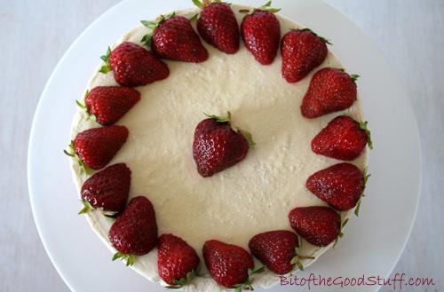 Strawberry Cashew Cheese Cake