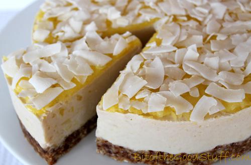 Pina Colada 'Cheese' Cake #Dairyfree #Glutenfree #Vegan
