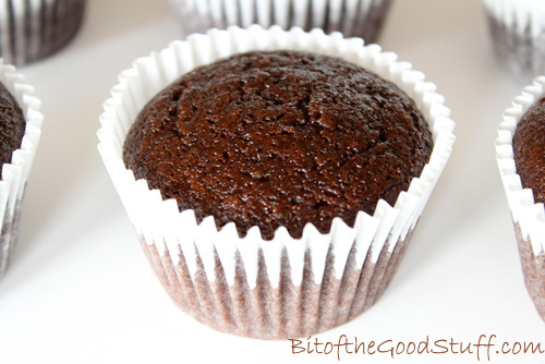 chocolate cupcakes with oil