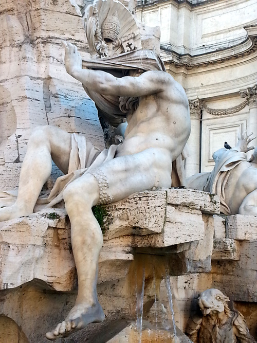 Statue in Piazza Navona