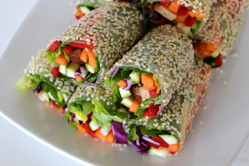 Fresh Summer Rolls with Peanut Dipping Sauce
